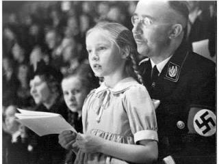 """Генрих Гиммлер - создатель и идеолог программы """"Lebensborn""""."""